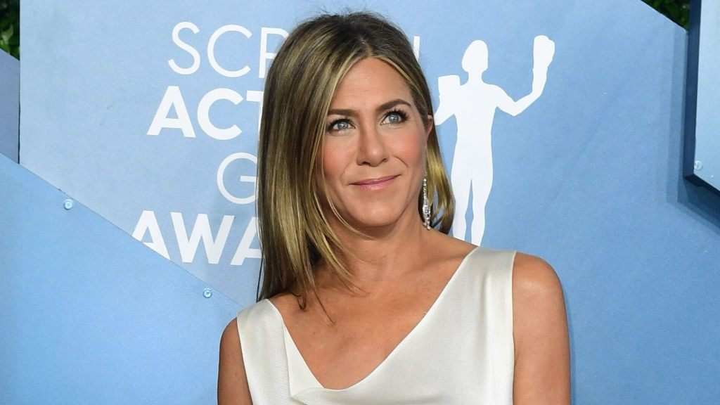 Jennifer Aniston shows off new rescue puppy: 'He stole my heart'