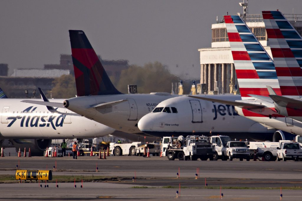 Pelosi says there will be no stand-alone aid for airlines without bigger stimulus bill