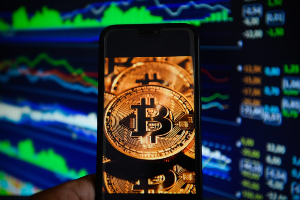 Bitcoin price above $18000 for first time since December 2017