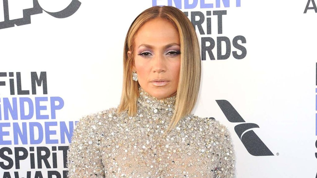 Jennifer Lopez reveals how she combats 'really bad' moments during coronavirus pandemic: 'Sometimes it hurts'