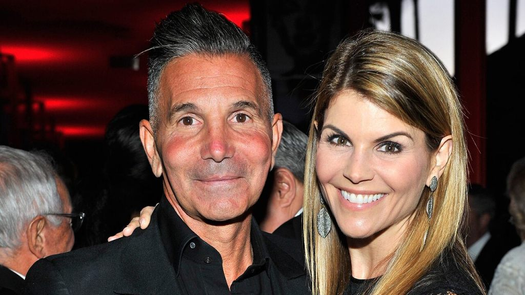 Mossimo Giannulli reports to prison to begin 5-month sentence in the college admissions scandal