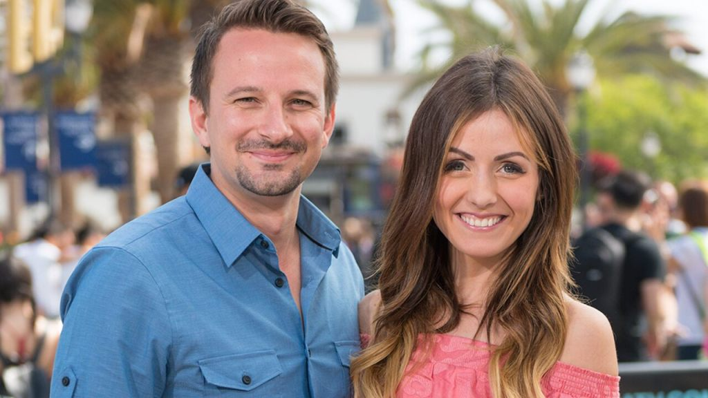 'Bachelor' franchise star Carly Waddell opens up about splitting with husband Evan Bass