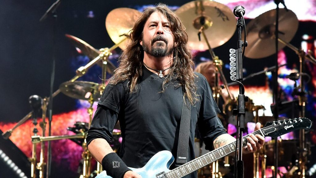 Dave Grohl explains why he won't sing Nirvana songs, reveals he still dreams he's in the acclaimed rock band