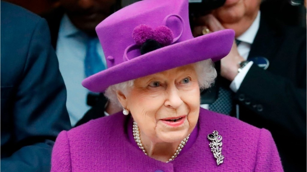 Queen Elizabeth is planning her royal return, expert says: 'We are all hoping this year will be different'