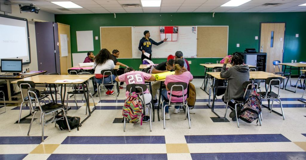 The Detroit district's new way to recruit teachers: Train its own support staff