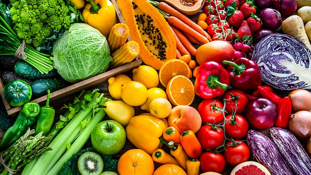 Eating this ratio of fruit and veggies could help you live longer, study suggests