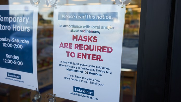 New York among states waiting to lift mask mandate for vaccinated people