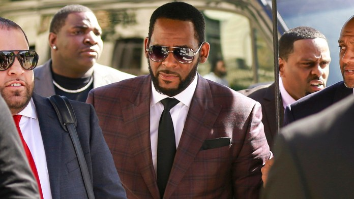 R. Kelly's attorneys request to withdraw from counsel, say it's 'impossible' to 'properly represent' him