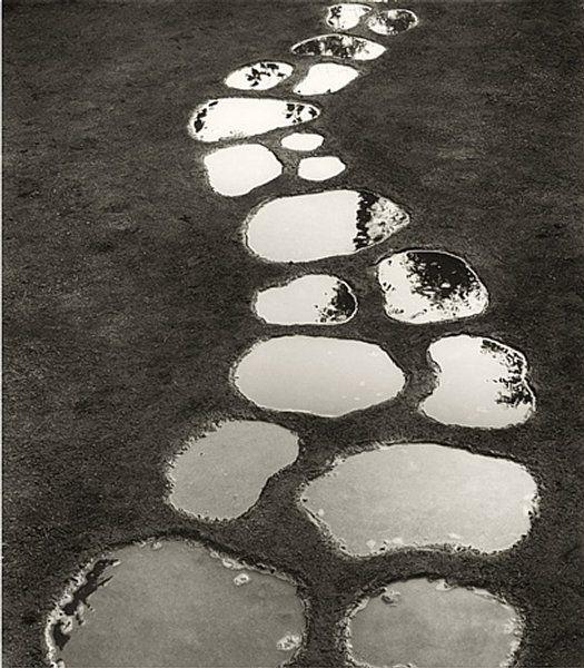 Top 52 des superbes photos surréalistes noir et blanc de Chema Madoz   Topito: