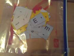 Un outil tout simple et très efficace pour le cp : les cartes lettres !