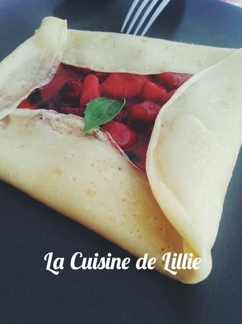 Crêpes au lait de Soja, Fraises caramelisées au vinaigre balsamique & basilic