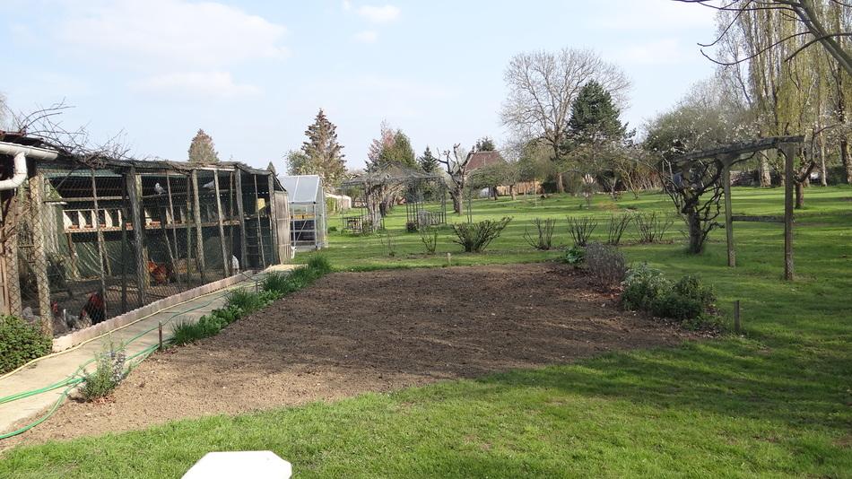 Avril est là, le jardin se déchaîne .. !!