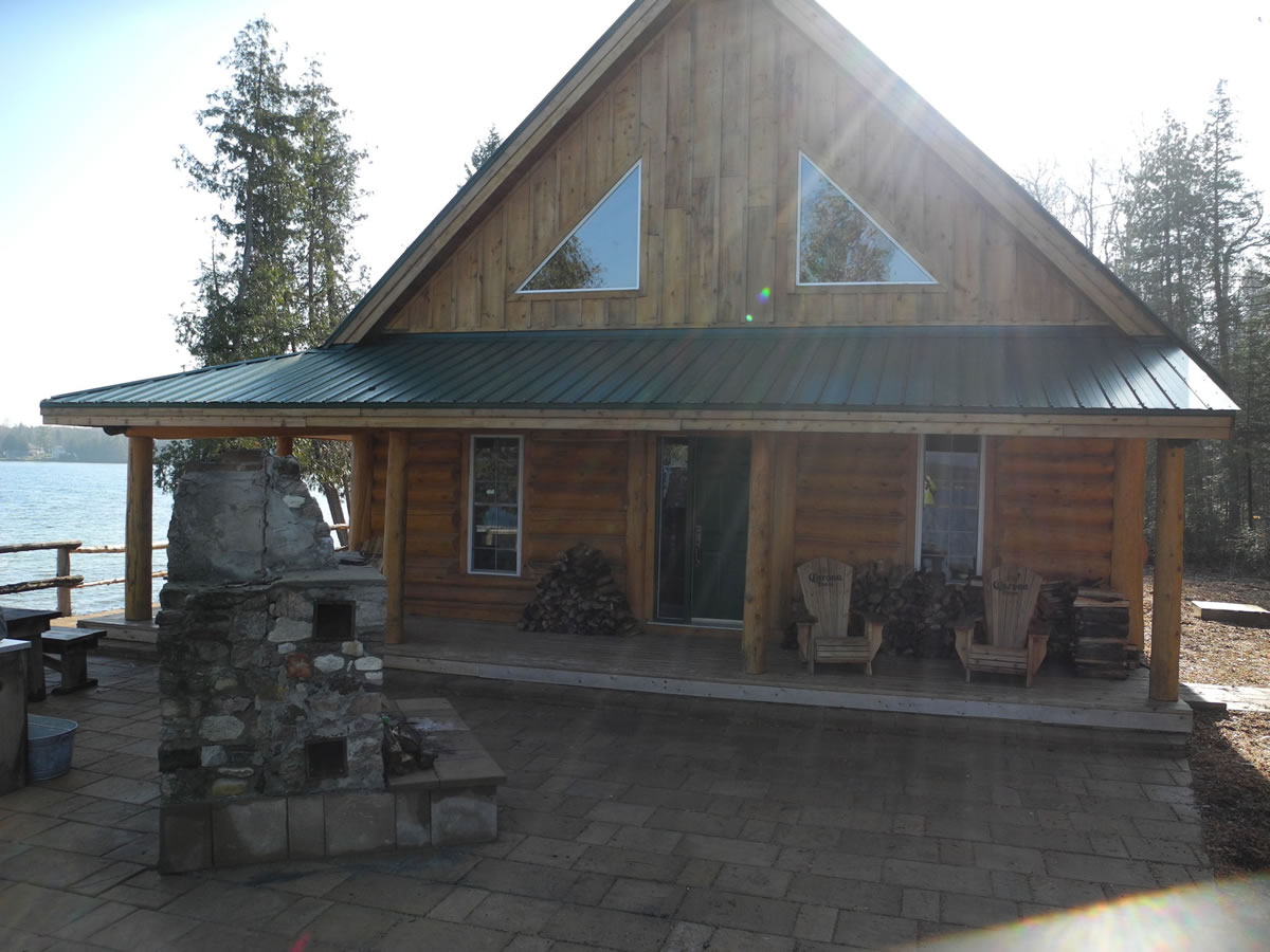 Log cabin at Camp Smitty