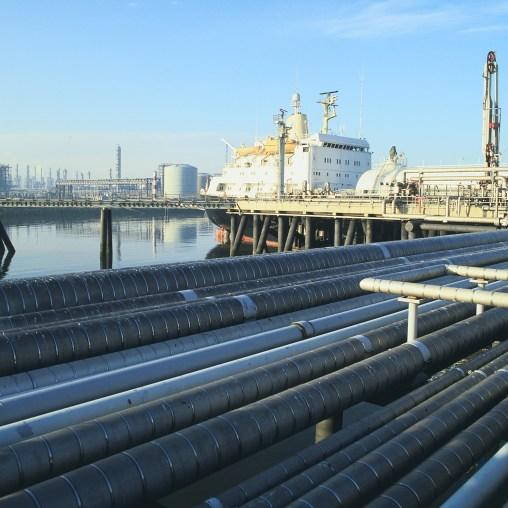 Den store rekorddagen på Ekofisk, historie, forsidebilde, Åpning av oljeterminalen i Teesside