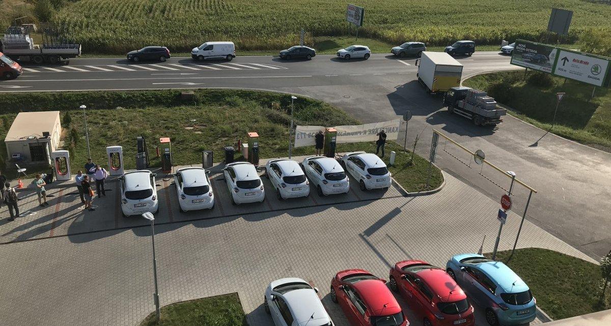 test-CEZ-Renault-elektromobil-dobijeci-stanice- (1)