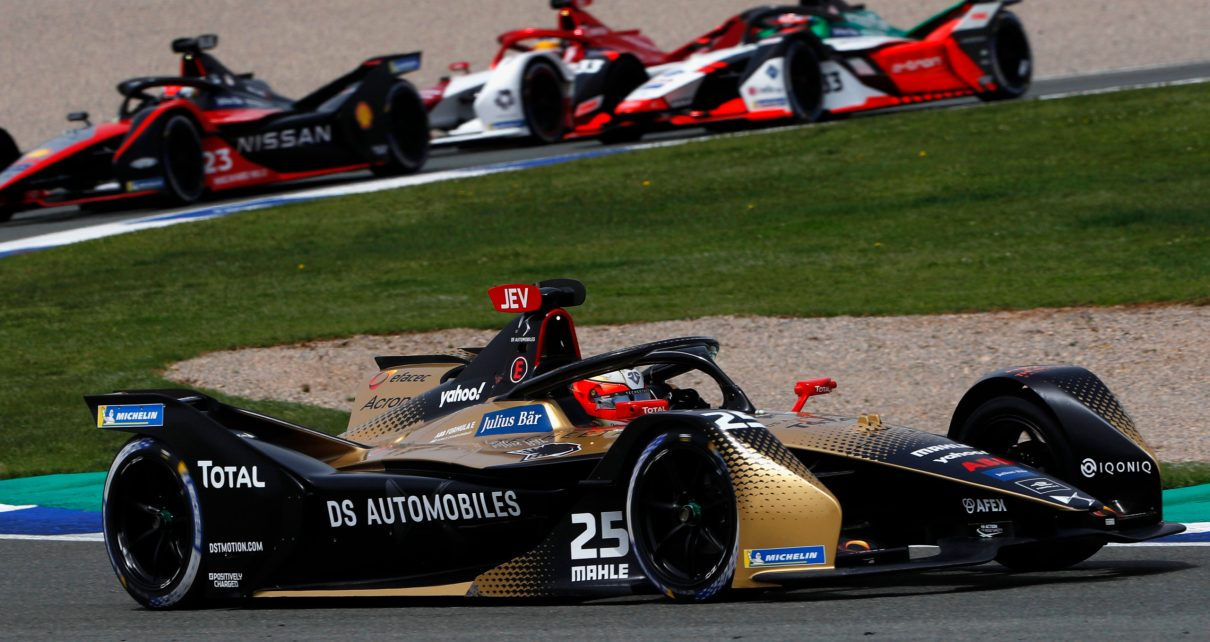 VALENCIA CIRCUIT RICARDO TORMO, SPAIN - APRIL 25: Jean-Eric Vergne (FRA), DS Techeetah, DS E-Tense FE21, leads Sebastien Buemi (CHE), Nissan e.Dams, Nissan IMO2, and Rene Rast (DEU), Audi Sport ABT Schaeffler, Audi e-tron FE07 during the Valencia E-Prix II at Valencia Circuit Ricardo Tormo on Sunday April 25, 2021 in Valencia, Spain. (Photo by Alastair Staley / LAT Images)