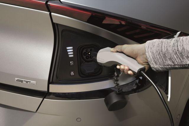 Kia_EV6-elektromobil-3