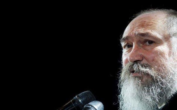 «Έφυγε» ο Τζίμης Πανούσης. Ο ανατρεπτικός καλλιτέχνης πέθανε από ανακοπή καρδιάς