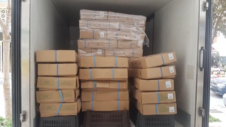 Η Ι.Μ Βατοπεδίου δωρισε ένα τόνο κοτόπουλα για τις δομές της Μητρόπολης Κορινθου