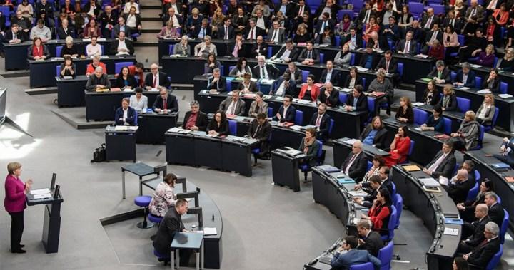 Βουλευτές CDU: Κρατήστε σκληρή γραμμή έναντι της Ελλάδας – Προειδοποιητικές «βολές» στον Σολτς