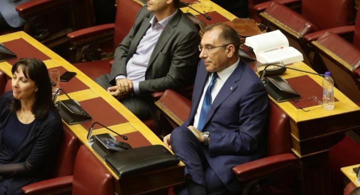 Καταψήφισε την κυβέρνηση ο Δημήτρης Καμμένος – Διεγράφη από τους ΑΝΕΛ