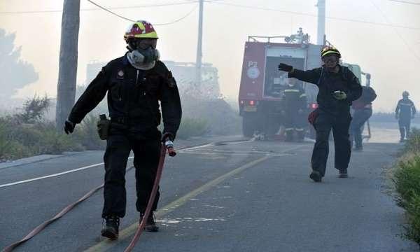 Νταλίκα πήρε φωτιά στην εθνική οδό Κορίνθου – Πατρών