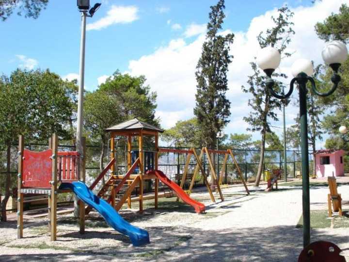 Ξάνθη: Τραυματίστηκαν παιδιά σε παιδική χαρά -Το ένα σοβαρά (φωτο)