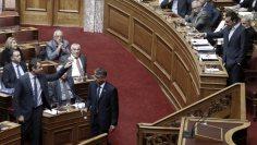 Η πρώτη «προεκλογική» σύγκρουση Τσίπρα – Μητσοτάκη στη Βουλή