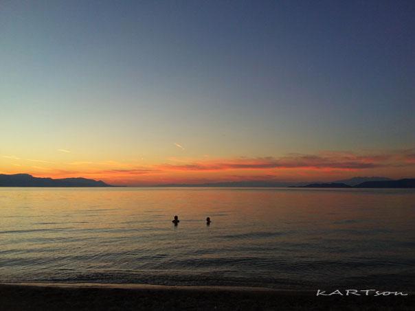 «Καλάμια»: Απολαύσαμε την χθεσινή υπέροχη θάλασσα προτού να έλθουν τα κρύα.