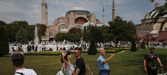 Σήμερα αποφασίζει η Τουρκία αν η Αγία Σοφία θα παραμείνει μουσείο ή θα γίνει τζαμί