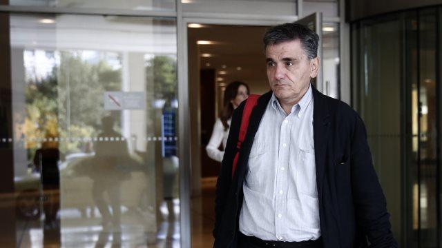 Πρόταση για πρόωρη εξόφληση μέρους του δανείου του ΔΝΤ θα μεταφέρει στη Λαγκάρντ ο Τσακαλώτος