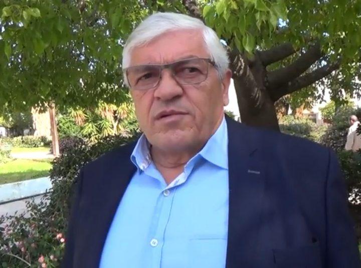 Μουρουτσος: Ο δήμαρχος έχει χάσει τη μπάλα με την καθημερινότητα