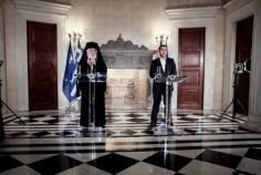 Ιστορική συμφωνία: Χωρίζουν Εκκλησία-Κράτος -Εκτός Δημοσίου οι ιερείς