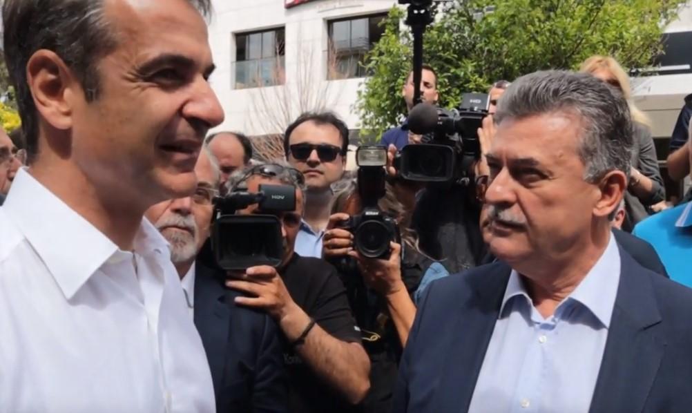 Νανόπουλος σε Μητσοτάκη: Οταν γίνεις πρωθυπουργός θέλουμε ενα αστυνομικό τμήμα στα Εξαμίλια!