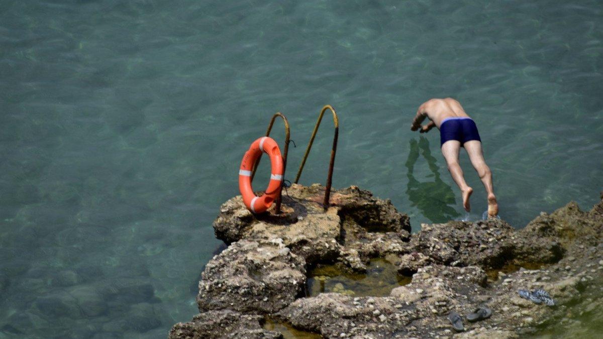 Σε ποιες παραλίες της Μεσσηνίας και της Ηλείας βρέθηκαν νεκροί λουόμενοι