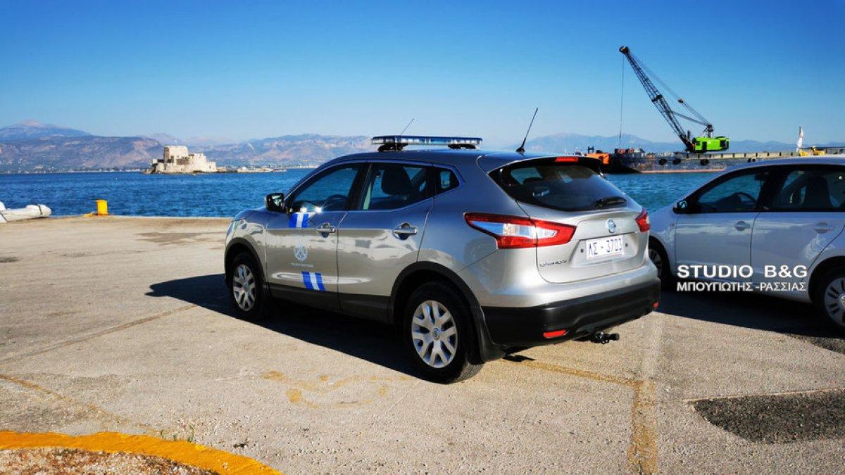 Έπεσε αυτοκίνητο στο λιμάνι του Ναυπλίου – Σώος ο οδηγός