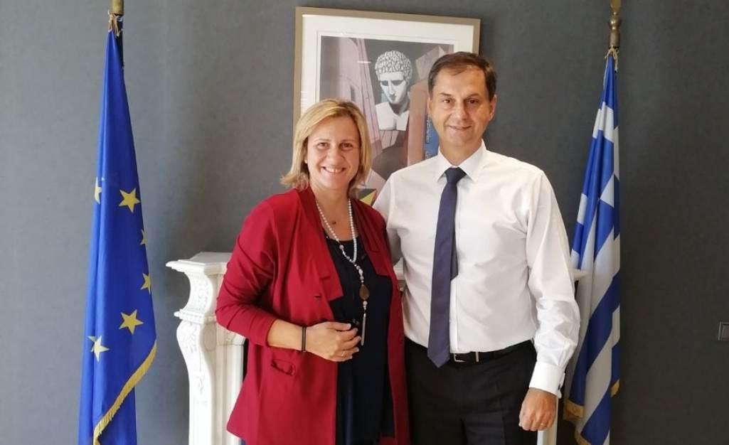 Συνάντηση Βουλευτή Κορινθίας κ. Μαριλένας Σούκουλη-Βιλιάλη με τον Υπουργό Τουρισμού κ. Χάρη Θεοχάρη για θέματα που αφορούν την τουριστική ανάπτυξη του Νομού Κορινθίας