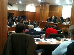 10 δημοτικοί σύμβουλοι Λουτρακίου ζητούν να μπει τάξη στο ΔΣ