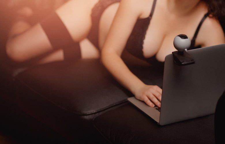 Έτσι μπορούν να σας βιντεοσκοπήσουν την ώρα που βλέπετε πορνό