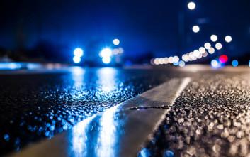 Τι πρέπει να προσέχετε όταν οδηγείτε στη βροχή