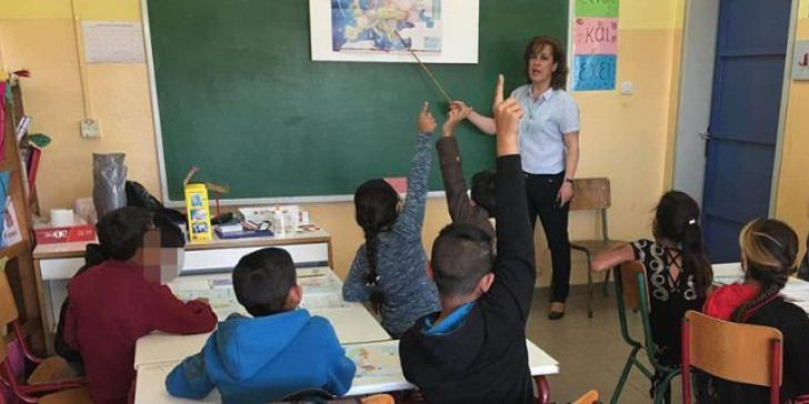 Οι γονείς του 1ουΔημοτικού Ζευγολατιού ζητούν την κάθετη διασπορά των μαθητών Ρομά