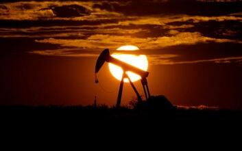 Ανοδική η τιμή του αργού πετρελαίου – Σε ισχύ η παγκόσμια συμφωνία για τη μείωση της παραγωγής