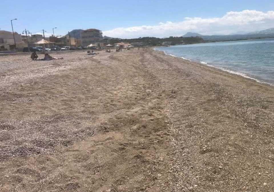 O πρώην δήμαρχος καταγγέλει τη δημοτική αρχή Κορινθίων γιατί καθάρισε τα Καλάμια…