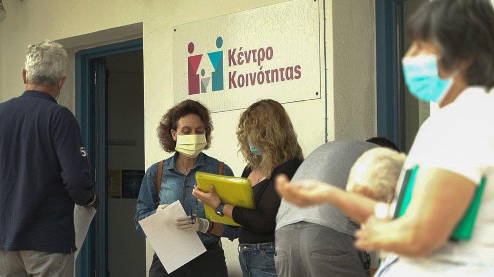 Κρούσματα κορωνοϊού: Στοίχημα η ιχνηλάτηση για τις τοπικές «εξάρσεις»