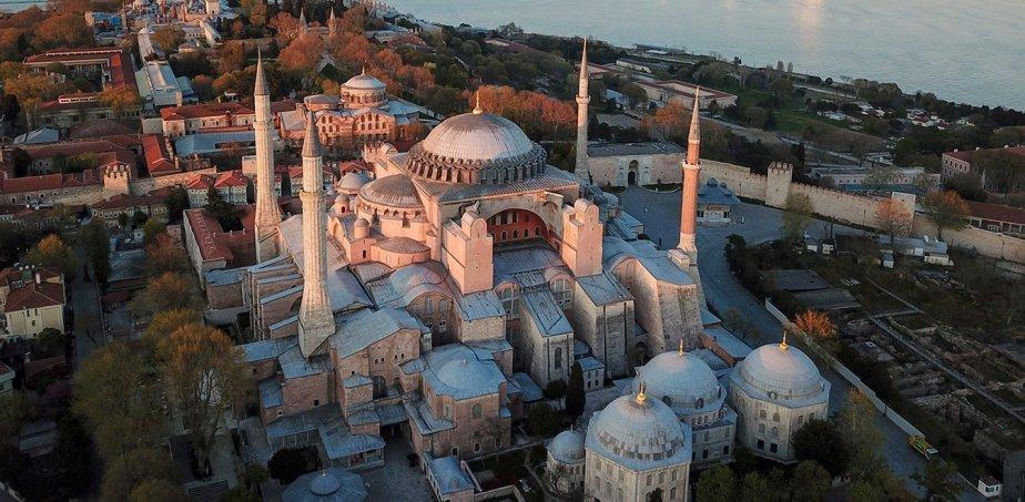 Απόφαση ντροπή για την Αγία Σοφία: Οι Τούρκοι τη μετέτρεψαν σε τζαμί