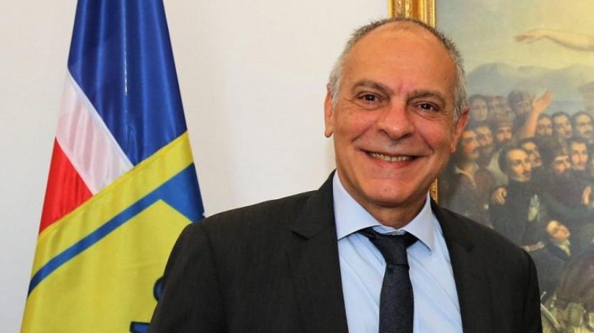 Παραιτήθηκε ο Σύμβουλος Εθνικής Ασφαλείας Αλέξανδρος Διακόπουλος