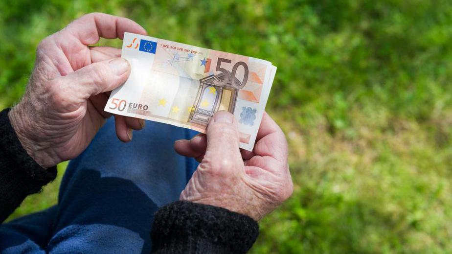 Τέλος Σεπτεμβρίου «κληρώνει» για τα αναδρομικά των συνταξιούχων – Εφάπαξ η καταβολή τους