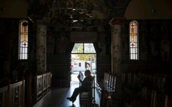 Μητροπολίτης Αιτωλίας: Δεν αφήνει ο Θεός, άνθρωπέ μου, μέσα στο ναό να μολυνθείς