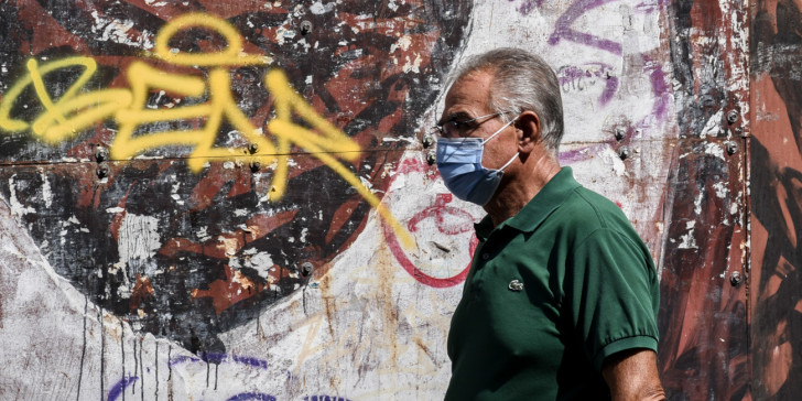 Κορωνοϊός: Ανησυχία για τα 4 αρνητικά ρεκόρ που κατεγράφησαν χθες στη χώρα -Αυξήθηκαν και άλλο οι διασωληνωμένοι