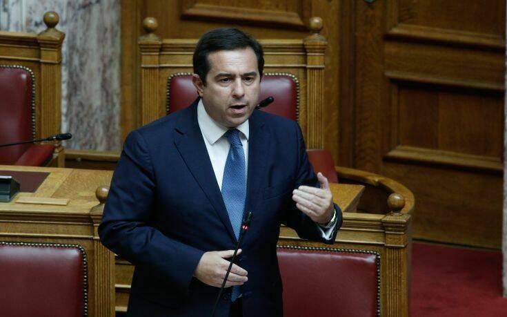 Μηταράκης: Δεσμευόμαστε για μηδενική μόνιμη παραμονή σε δομές στα νησιά και στην ακριτική Ελλάδα